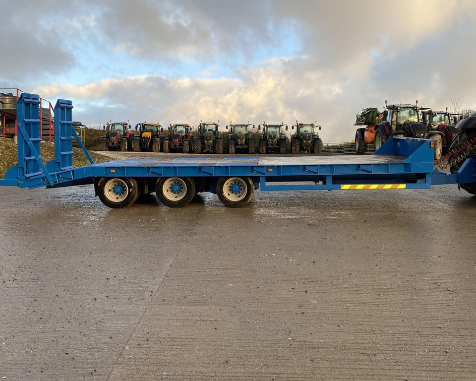 JPM 25FT Tri Axle Low Loader Trailer 11026043 (IS)