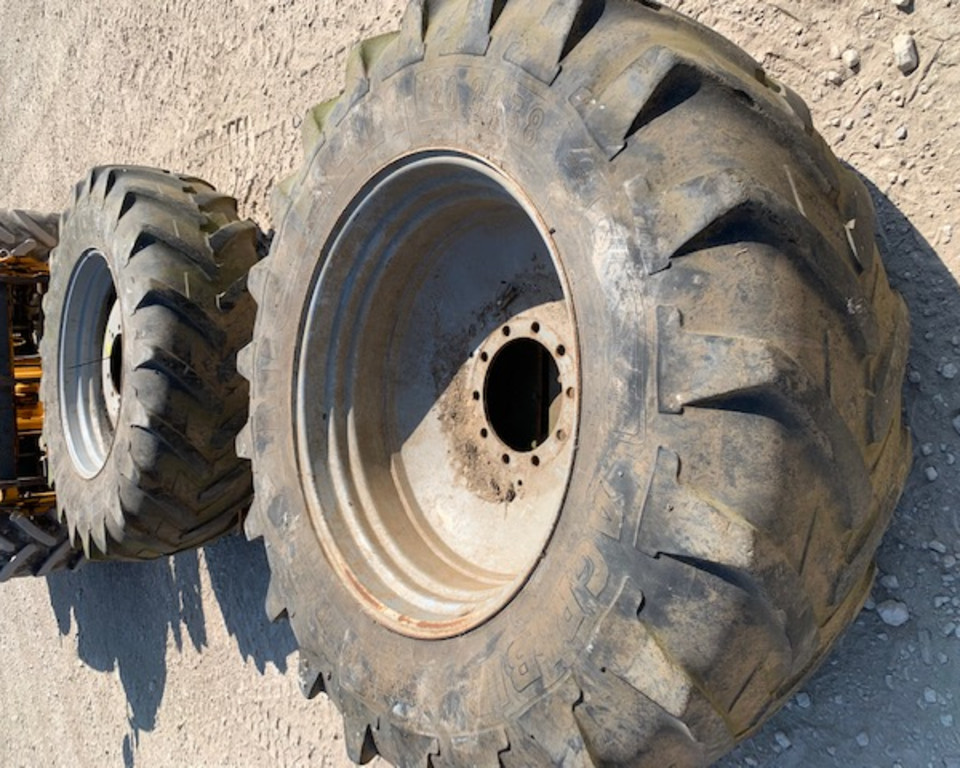 Amazone 20.8 R38 Sprayer Wheels 11022517 (JA)