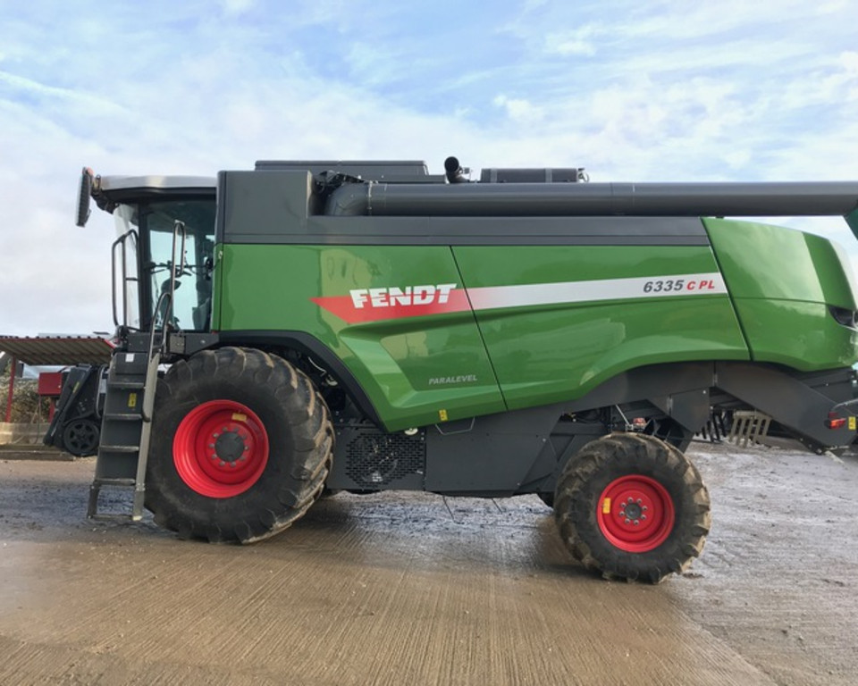 Fendt 6335CPL Combine 11020918 (IS)